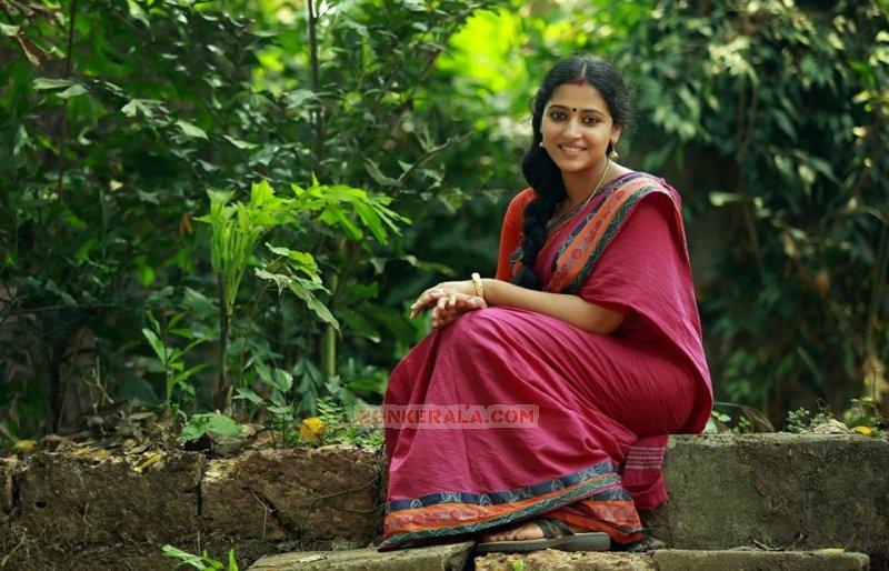 Malayalam Actress Anu Sithara Jun 2017 Gallery 625