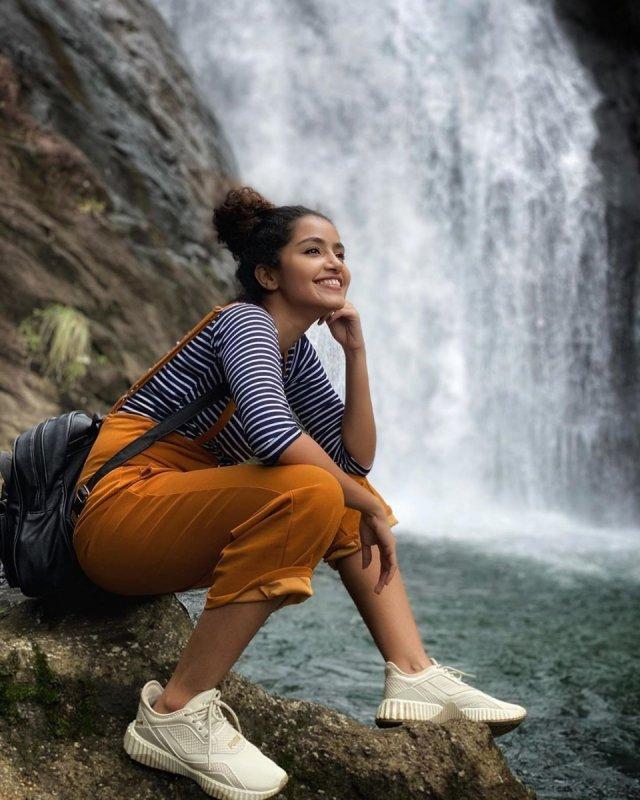 Anupama Parameswaran Actress Recent Pics 9012