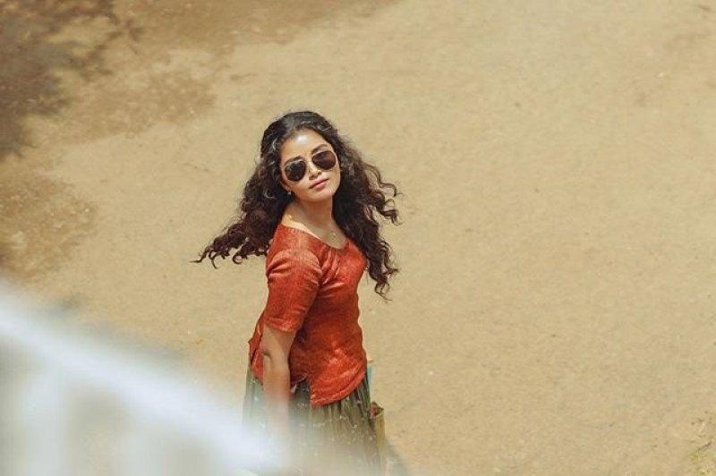 Anupama Parameswaran Film Actress Latest Wallpaper 8470