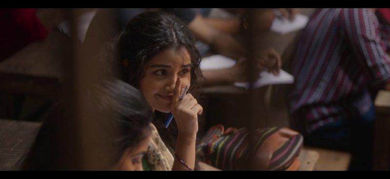 Pics Anupama Parameswaran Malayalam Movie Actress 8661