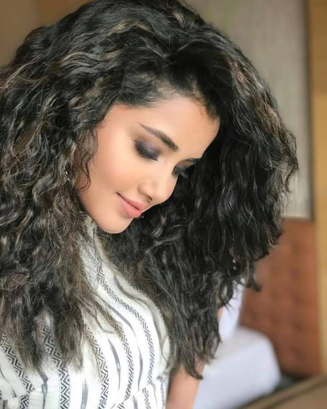 Recent Photos Malayalam Movie Actress Anupama Parameswaran 8837