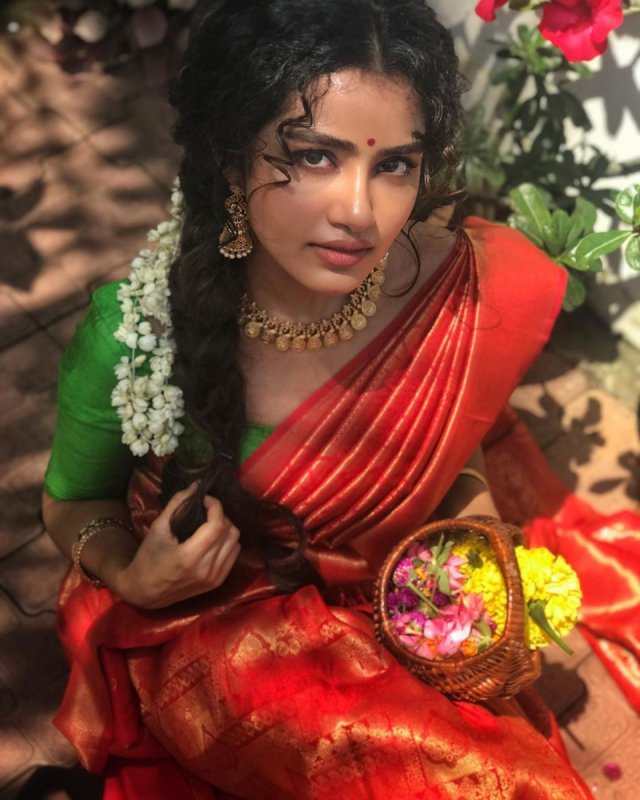 Sep 2020 Photos Malayalam Movie Actress Anupama Parameswaran 6503