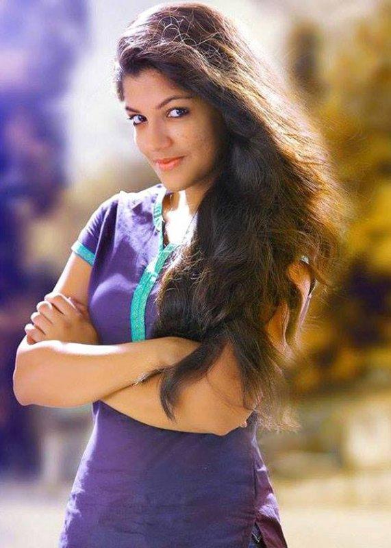 Apr 2020 Photo Aparna Balamurali Malayalam Movie Actress 1337
