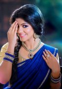Apr 2020 Wallpapers Aparna Balamurali 5398