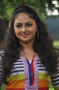 Arundhati Nair South Actress Nov 2014 Pics 7575