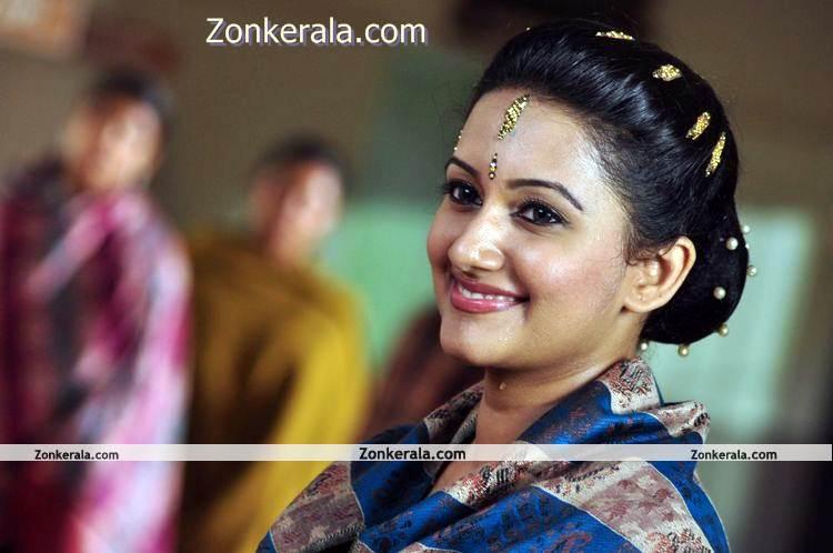 Actress Aswathy Ashok Photo 4