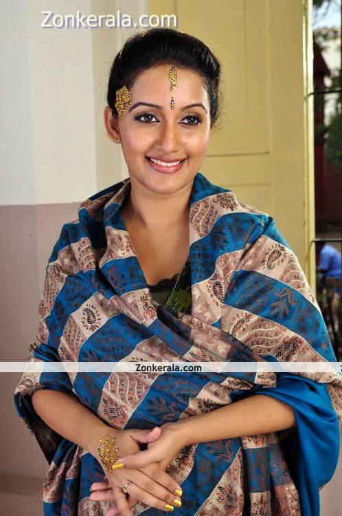 Actress Aswathy Ashok Photo 5