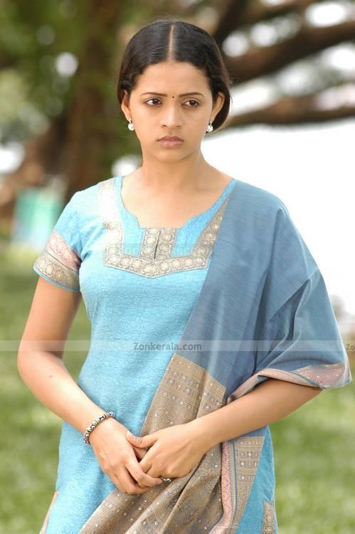 Bhavana Upskirt Actress Spicy Stills South Indian