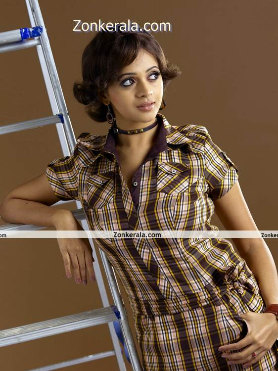 Bhavana New Picture05