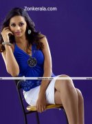 Bhavana New Picture08