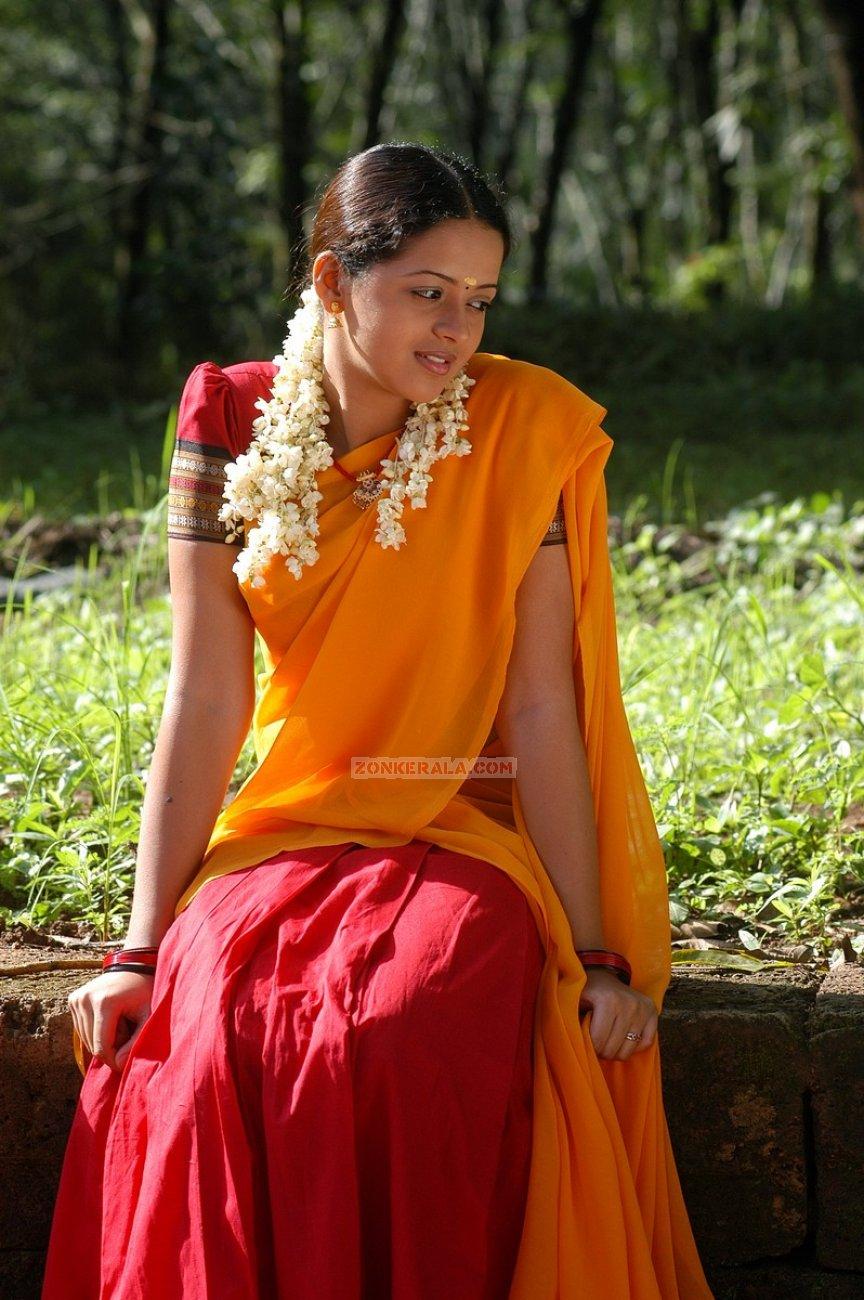 Bhavana Photos 2484