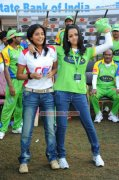 Bhavana With Priyamani 904