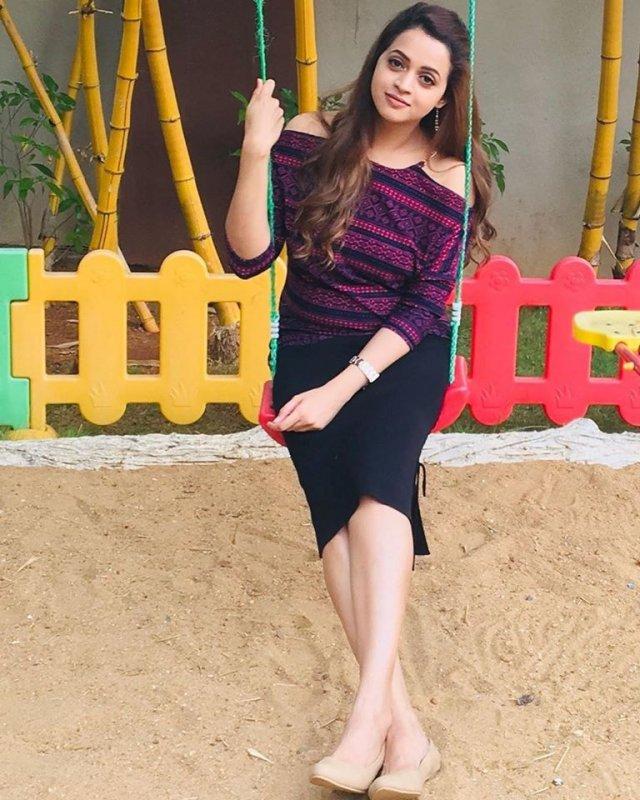 Latest Albums Film Actress Bhavana 5087