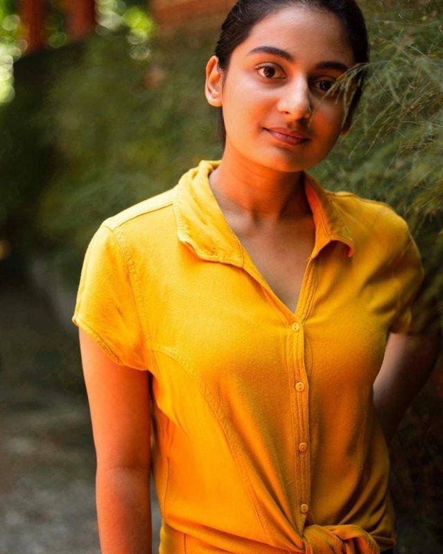 Malayalam Actress Esther Anil Galleries 9224