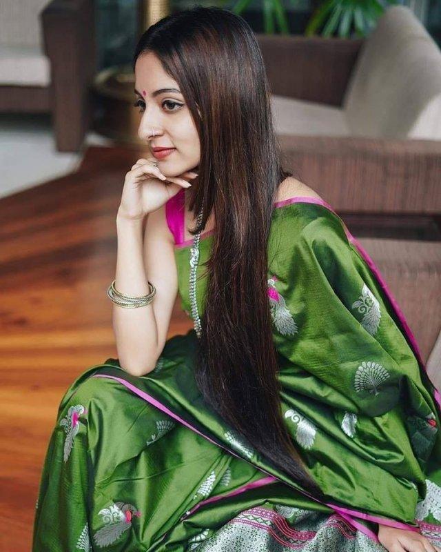 Latest Album Heroine Ishaani Krishna 2072