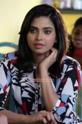 South Actress Ishara Nair Recent Picture 9388