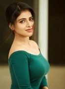 Actress Iswarya Menon Pictures 9460