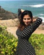 Iswarya Menon Heroine Latest Wallpaper 8611