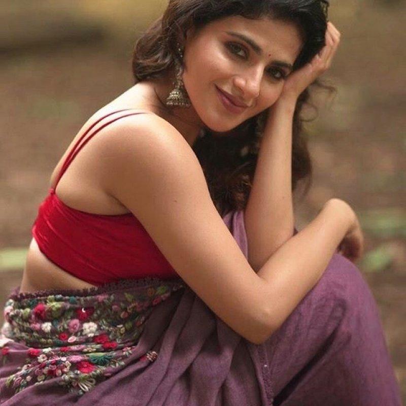 New Photo Heroine Iswarya Menon 3552