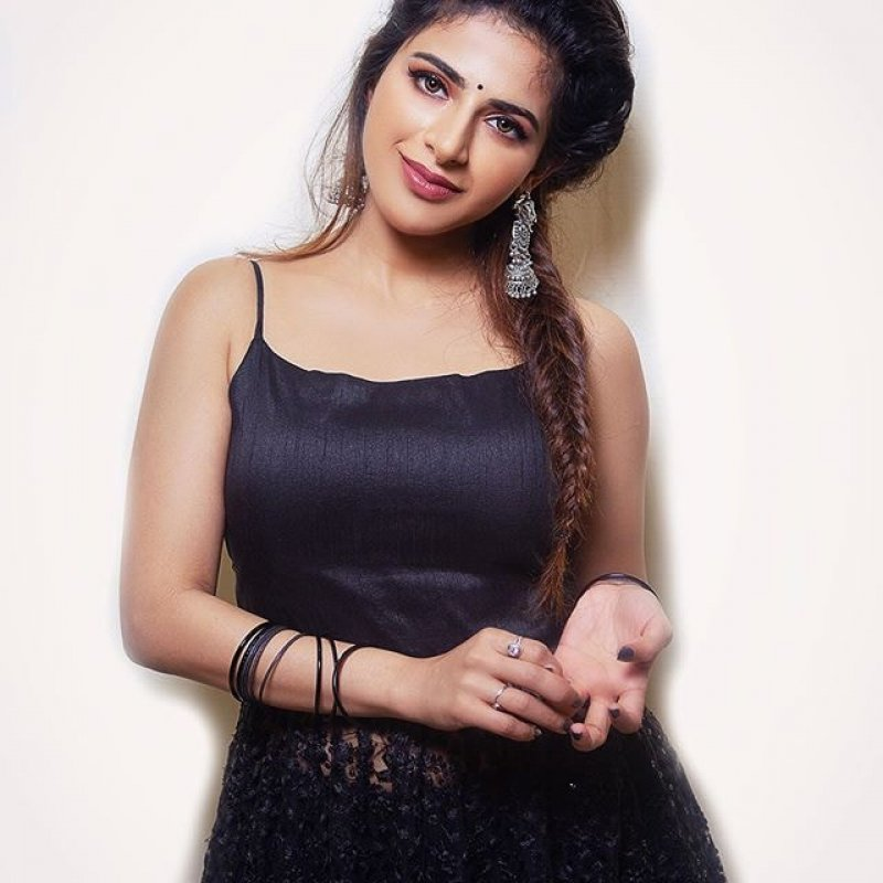 Recent Photo Iswarya Menon Malayalam Heroine 6998