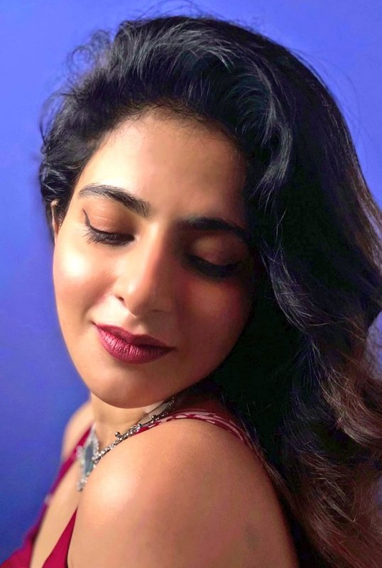 Recent Pics Iswarya Menon Cinema Actress 1044