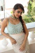 New Photos Movie Actress Janani Iyer 8866