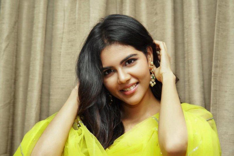 New Still Malayalam Heroine Kalyani Priyadarshan 8979