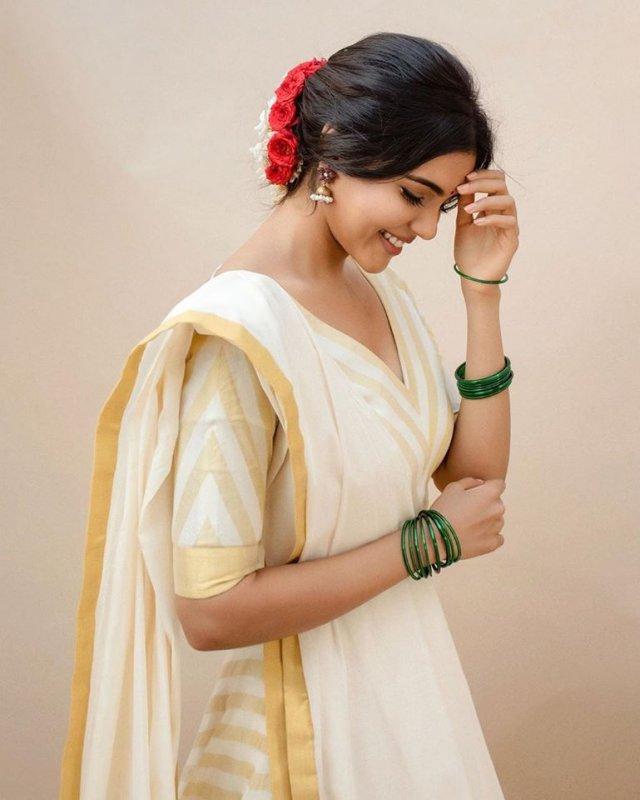 Pics South Actress Kalyani Priyadarshan 5288