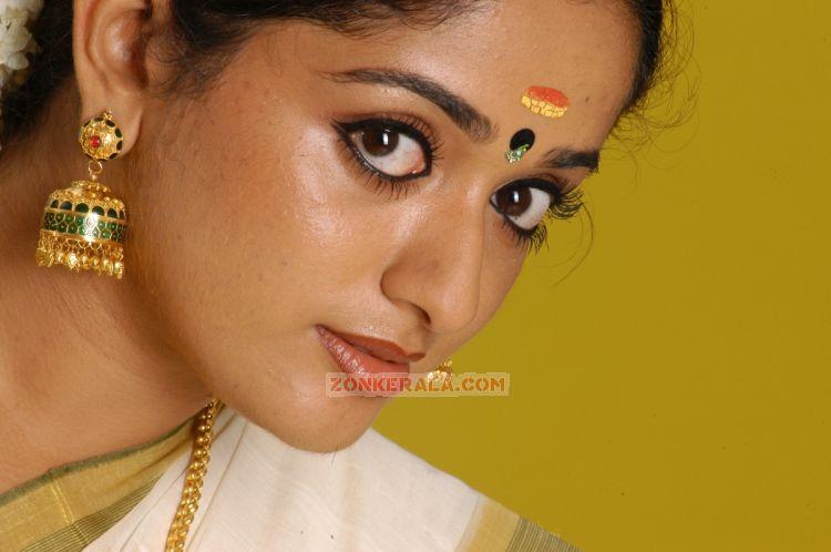 Kavya Madhavan Hot Hubs Hottest Idea Site Ajilbab Portal Picture