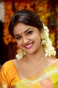 Gallery Malayalam Movie Actress Keerthi Suresh 3641