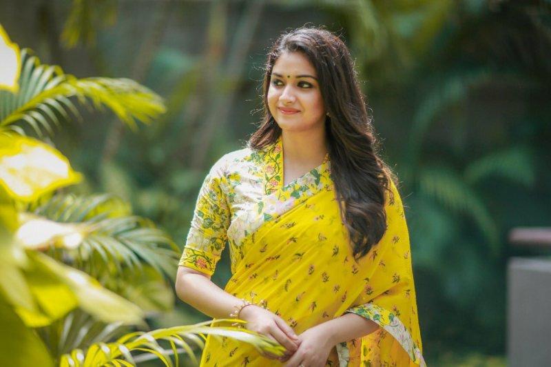 Malayalam Movie Actress Keerthi Suresh May 2020 Wallpapers 6409