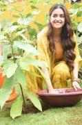 Movie Actress Keerthi Suresh Wallpaper 5644
