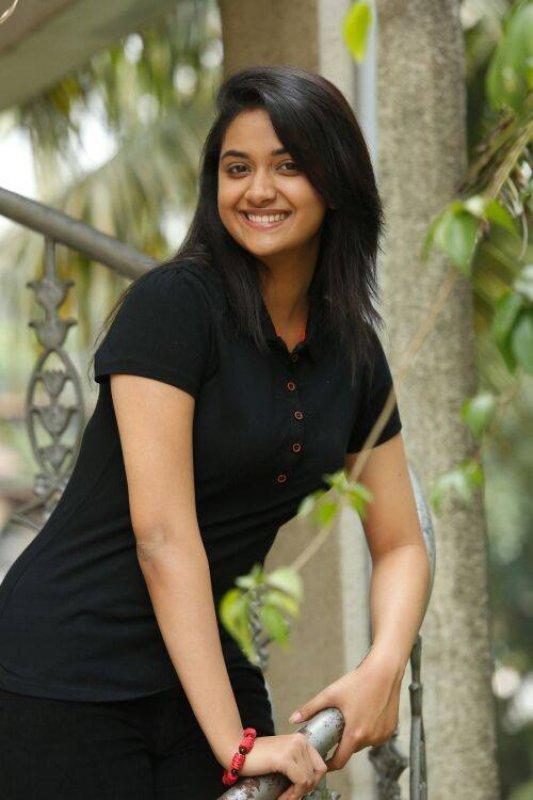 Recent Wallpapers Movie Actress Keerthi Suresh 5400