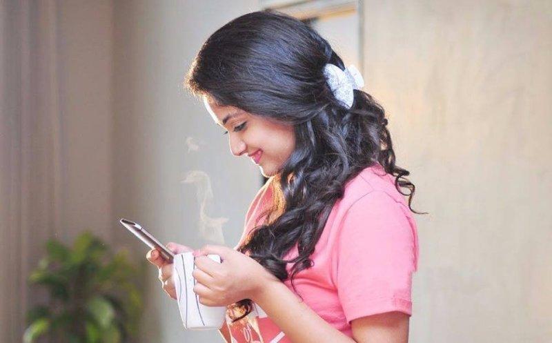 South Actress Keerthi Suresh Latest Wallpaper 630