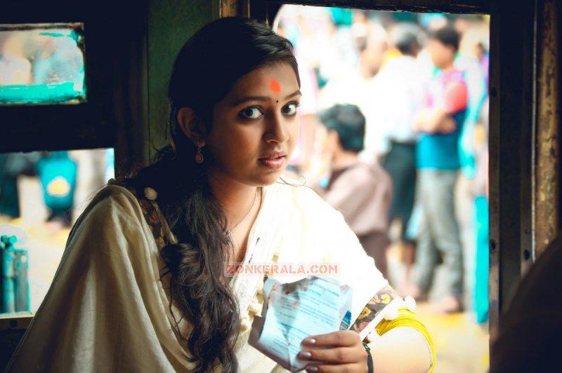Lakshmi Menon Malayalam Actress Recent Wallpaper 1426