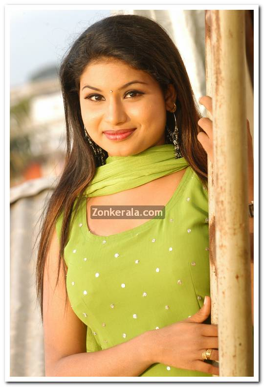 Actress Maithili Photos 4