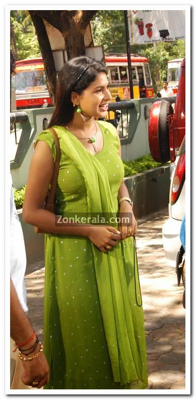 Malayalam Actress Maithili 2