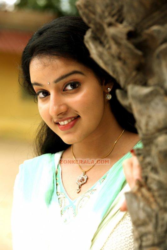 Latest Photos Movie Actress Malavika Menon 2448