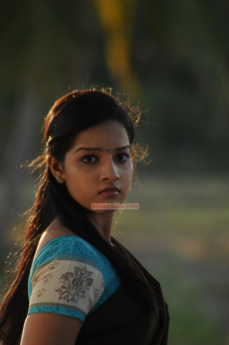 Malayalam Actress Malavika Menon 3716