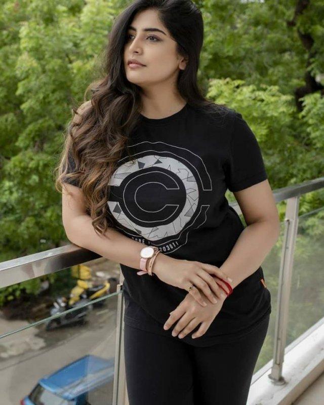 Cinema Actress Manjima Mohan Aug 2020 Picture 1234