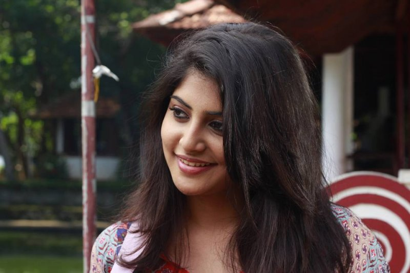 New Still Manjima Mohan Cinema Actress 5018