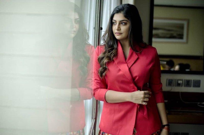 Recent Wallpapers Manjima Mohan Movie Actress 7147