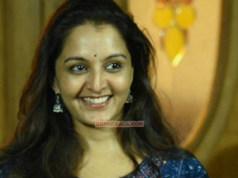 Manju Warrier Movie Actress Latest Albums 5368