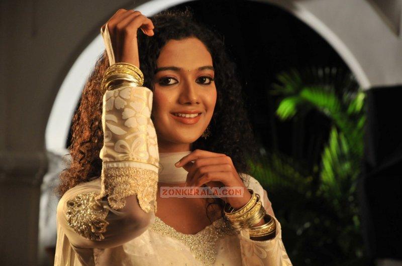 Marina Michael Kurisingal Movie Actress New Wallpapers 6918