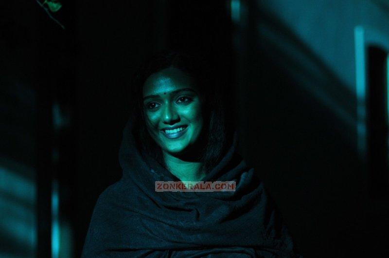 Wallpaper Malayalam Actress Marina Michael Kurisingal 5542