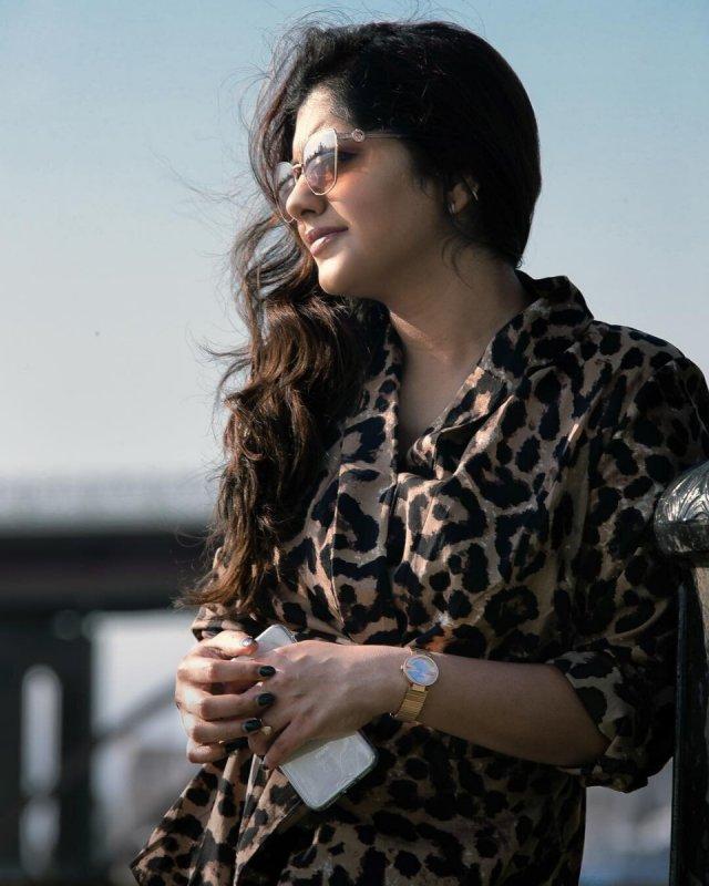 2020 Wallpapers Meera Nandan Actress 2585