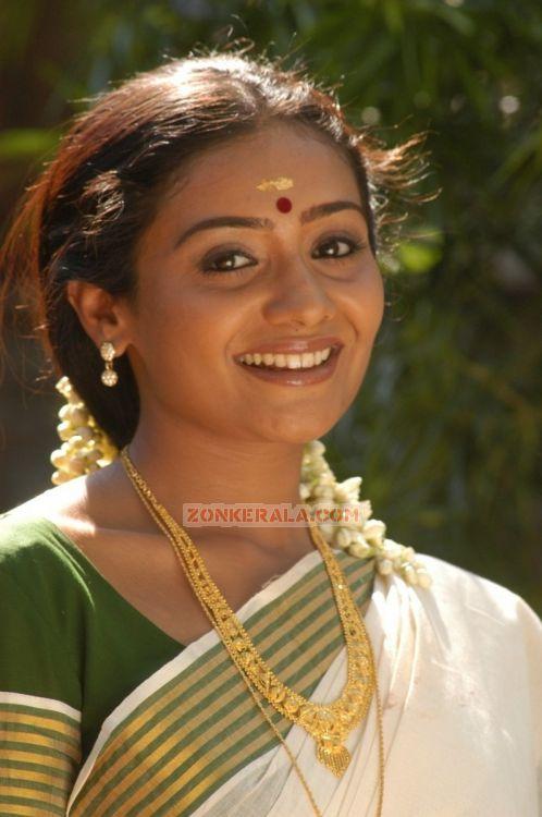 Meera Vasudev Pic 679