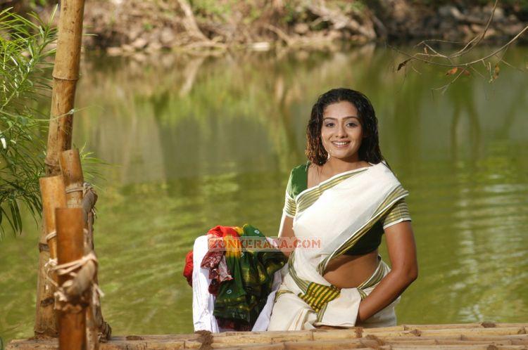Meera Vasudev Pics 987