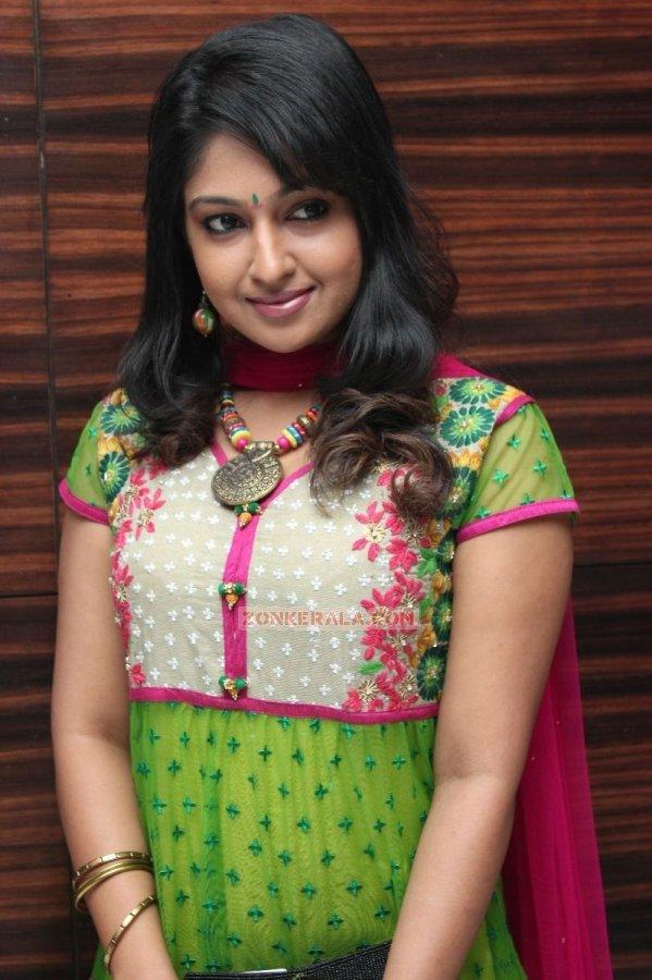 Actress Mithra 6971