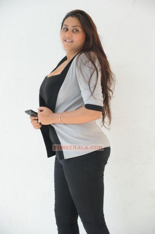Namitha 9448
